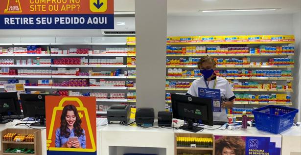 Recepción de las nuevas farmacias